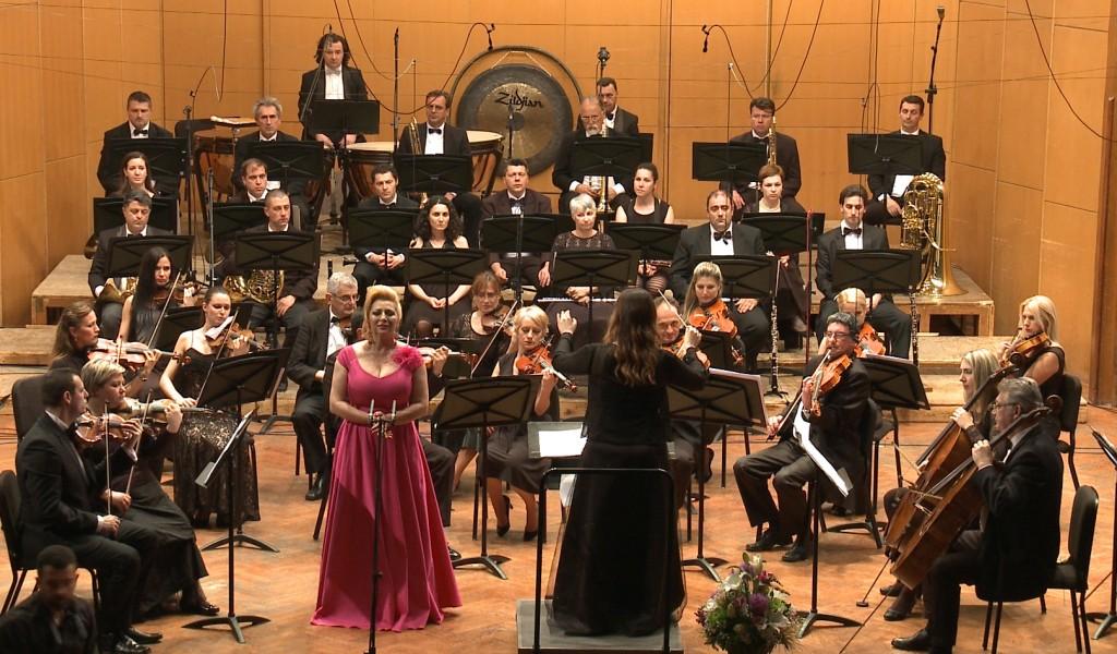 Koncert primadone Jasmine Trumbetaš s Ansamblom Binički